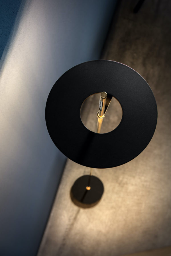 HeremT-catellanismith-del-eclairage-luminaire-lampeaposer